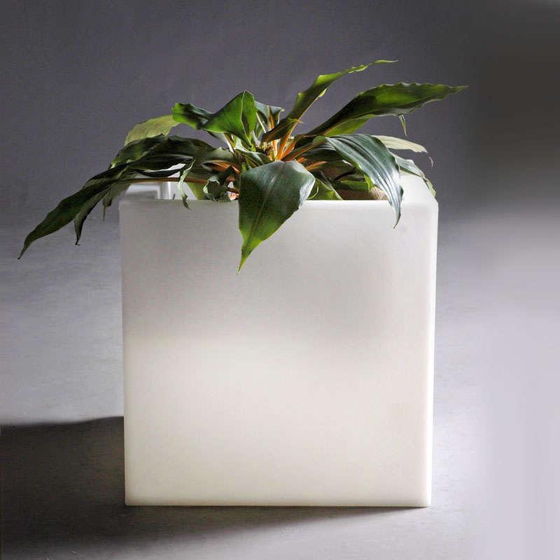Led cube planter KANTIG